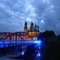 Poznanin taivaan alla – silkkipaperilyhtyjen loisteessa