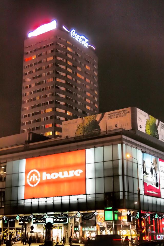 Varsovan-sosialista-arkkitehtuuria