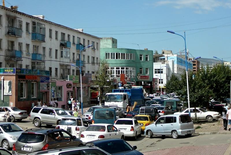 Mongoliassa roska-autot laulavat