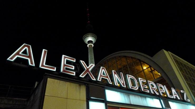 Yökuvia Berliinistä