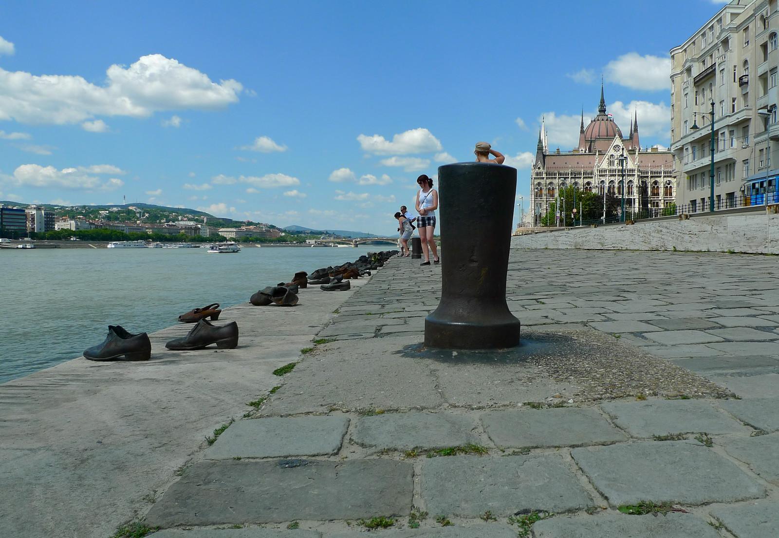 Budapest-juutalaiset-muistomerkki