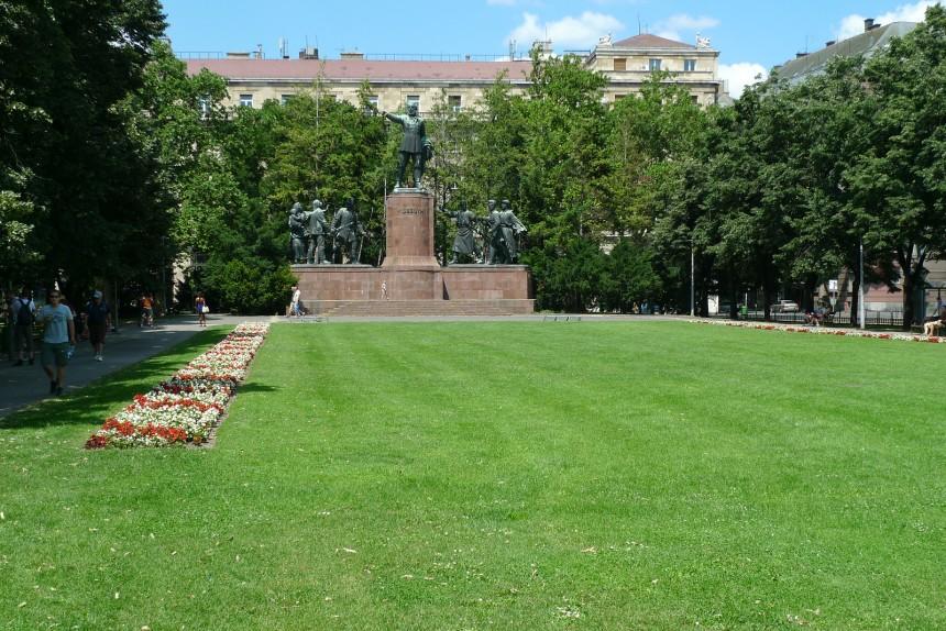 Budapest-Kossuth-2010