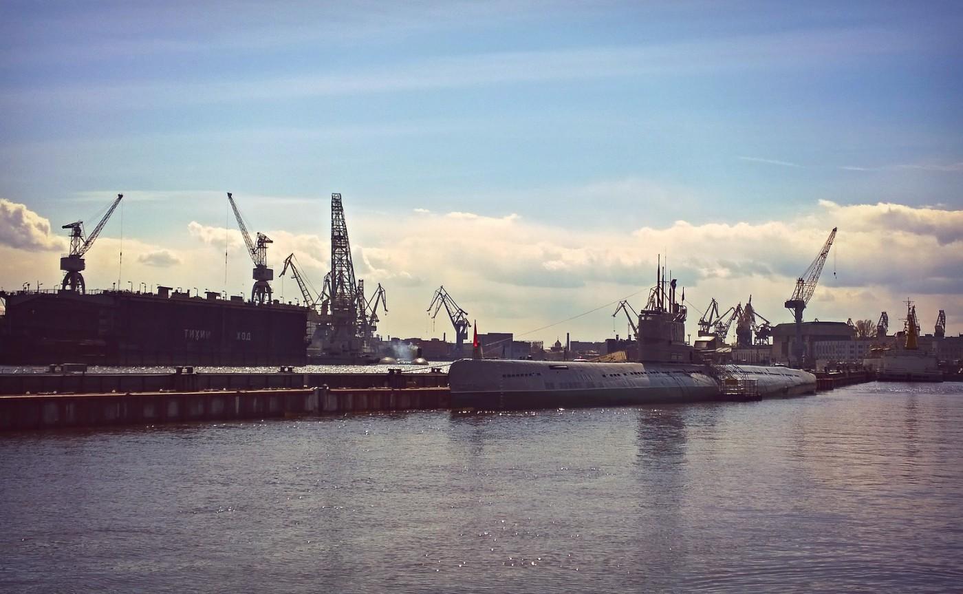 Muisto Neuvostoliiton sotilasmahdista – sukellusvene C-189 Pietarissa