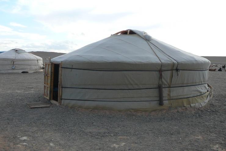 Mongolia-jurtta-1
