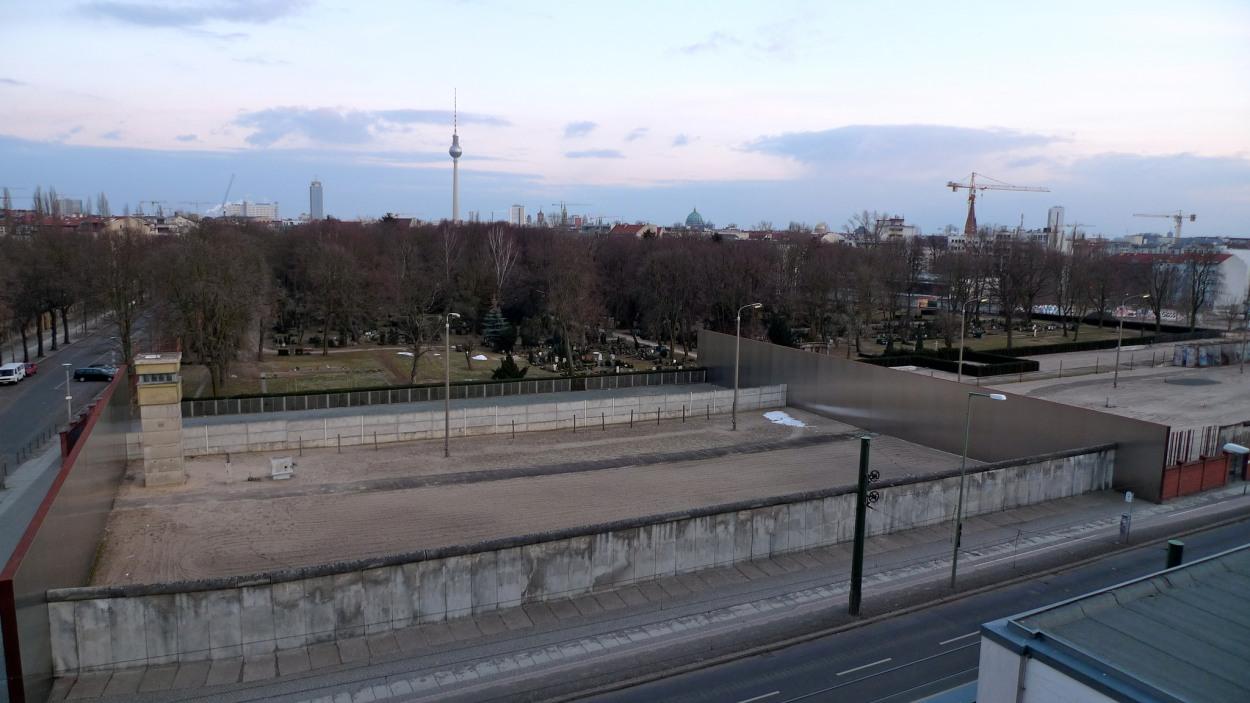 Berliinin muurin muistomerkki