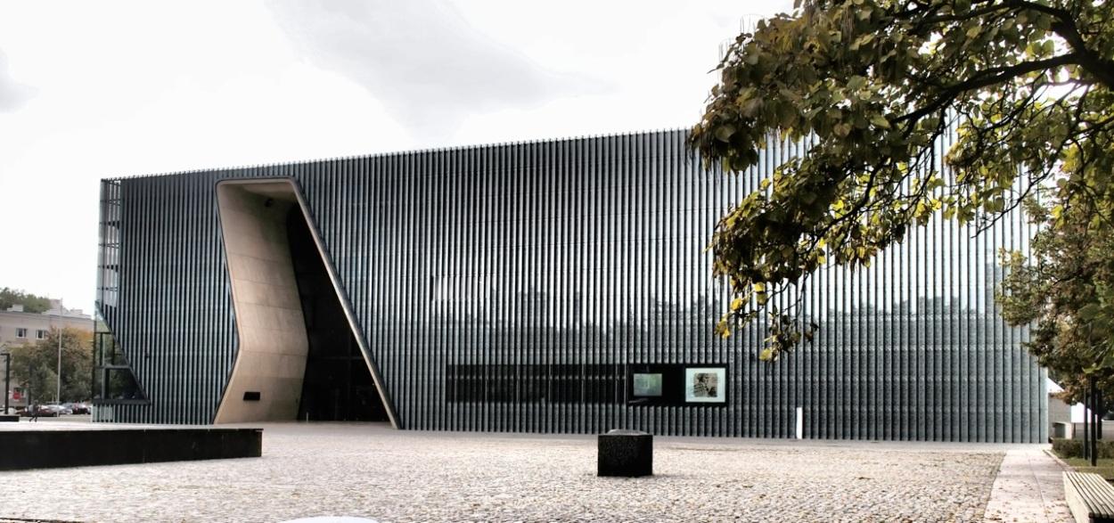 puolan-juutalaisten-historian-museo-varsova