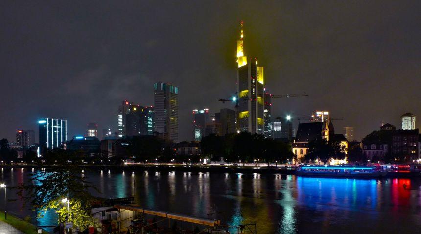 Frankfurt pilvenpiirtäjät