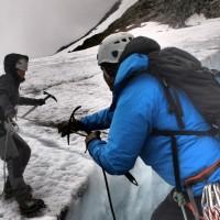 Luolaseikkailu ja jäätikkövaellus – extreme-kokemuksia Björklidenissä