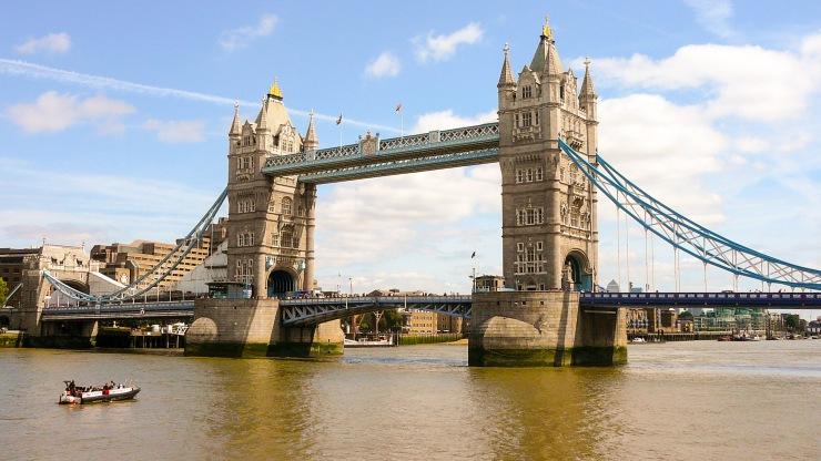 Tower Bridge Lontoo blogi